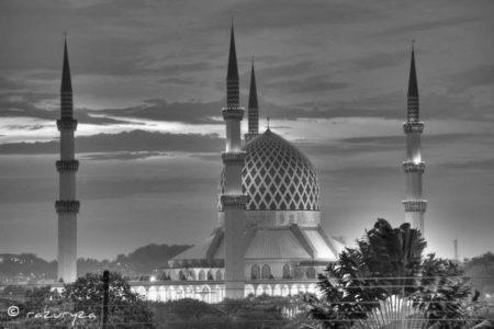 Malezya, Müslümanların Haklarını Savunmaktan Korkmuyor