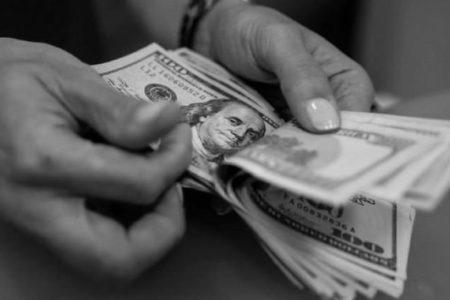 Dolar Son İki Ayın En Düşük Seviyesinde