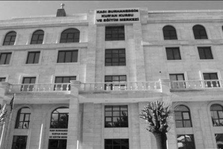 """""""MÜSLÜMANLARA YAKIŞIR BİR HİZMET BİNASI"""""""