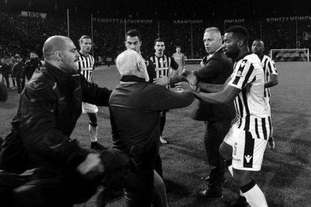 Komşuda Şok! Yunanistan'da Futbol Ligi Askıya Alındı