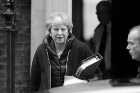 İngiltere'de Bakanlar Kurulu'ndan Suriye Kararı