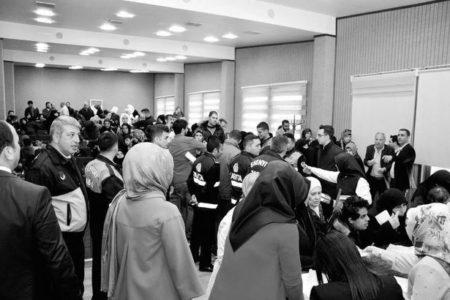 100 Aile Suriye'ye Gitmek İçin Başvuru Yaptı