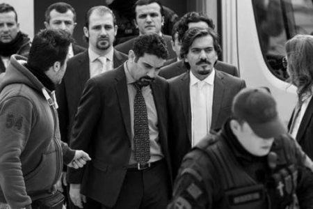 """Yunanistan'dan """"8 darbecinin serbest kalabileceği""""ne ilişkin açıklama"""