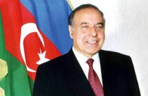 AZERBAYCAN'IN MİLLİ LİDERİ HAYDAR ALİYEV