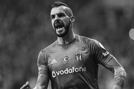 Beşiktaş'ta İlk Yolcu Belli Oldu
