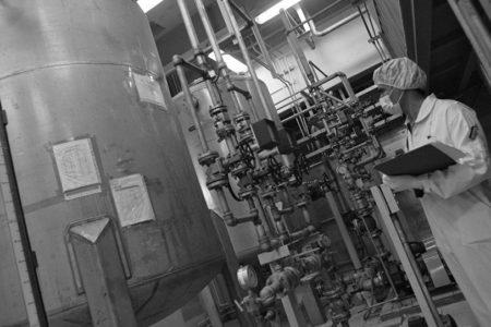 İran, Uranyum Zenginleştirme Kapasitesini Yükselteceğini BM'ye İletti