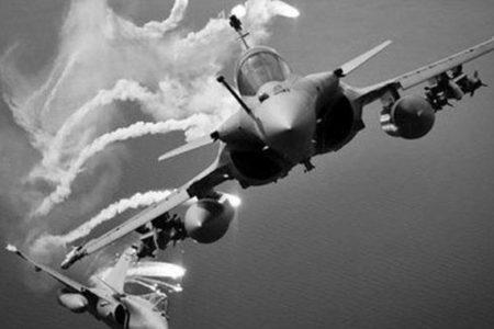 Irak'ta Hava Saldırısı: 15 DEAŞ Militanı Öldürüldü